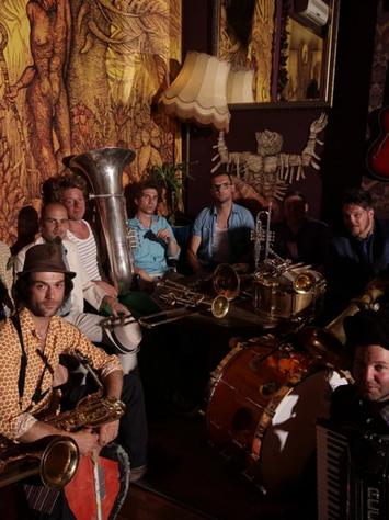 L'Orchestre Internationale du Vetex