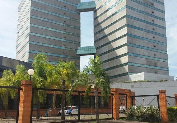 Esquadrias de Alumínio e Fachada Pele de Vidro no Centro Integrado de Atendimento da Criança e do Adolescente em Porto Alegre