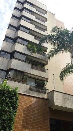 Esquarias de Alumínio em Prédio Residencial Hispális de Sevilha em Porto Alegre