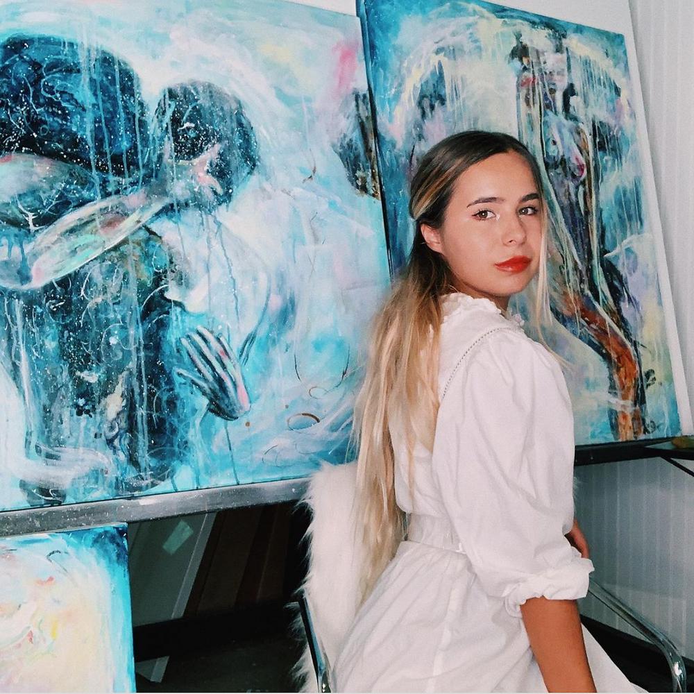 Fine artist Kate Gedz