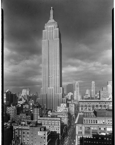"""Credit: Gottscho, Samuel H., photographer. """"The Empire State Building. From south,"""" 1934. Prints and Photographs Division, Library of Congress. Reproduction Number LC-G612-T01-21095."""