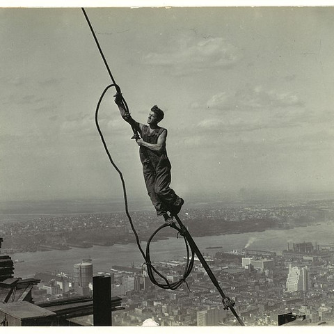 Photo by Lewis Hine - This file was donated to Wikimedia Commons by as part of a project by the Metropolitan Museum of Art. See the Image and Data Resources Open Access Policy, CC0, https://commons.wikimedia.org/w/index.php?curid=57103675