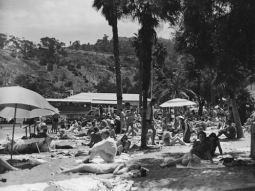 By the Beach Vintage Photo No. 010