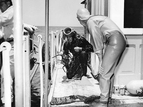 Diving Vintage Photo: No. 006