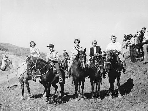 Catalina Cowgirls Vintage Photo No. 015