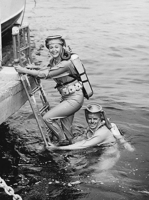 Diving Vintage Photo: No. 002