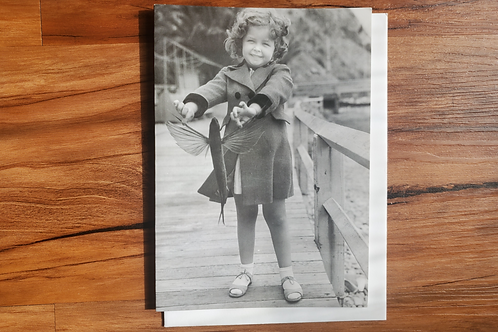 Girl Holding Flying Fish Single Notecard