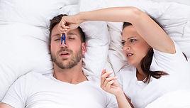 טיפול בנחירות ובהפרעות נשימה בשינה