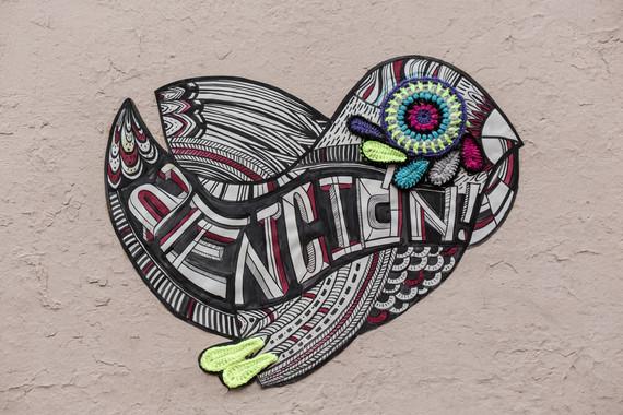 yarn_bombing_yarn_graffiti_teje_la_araña