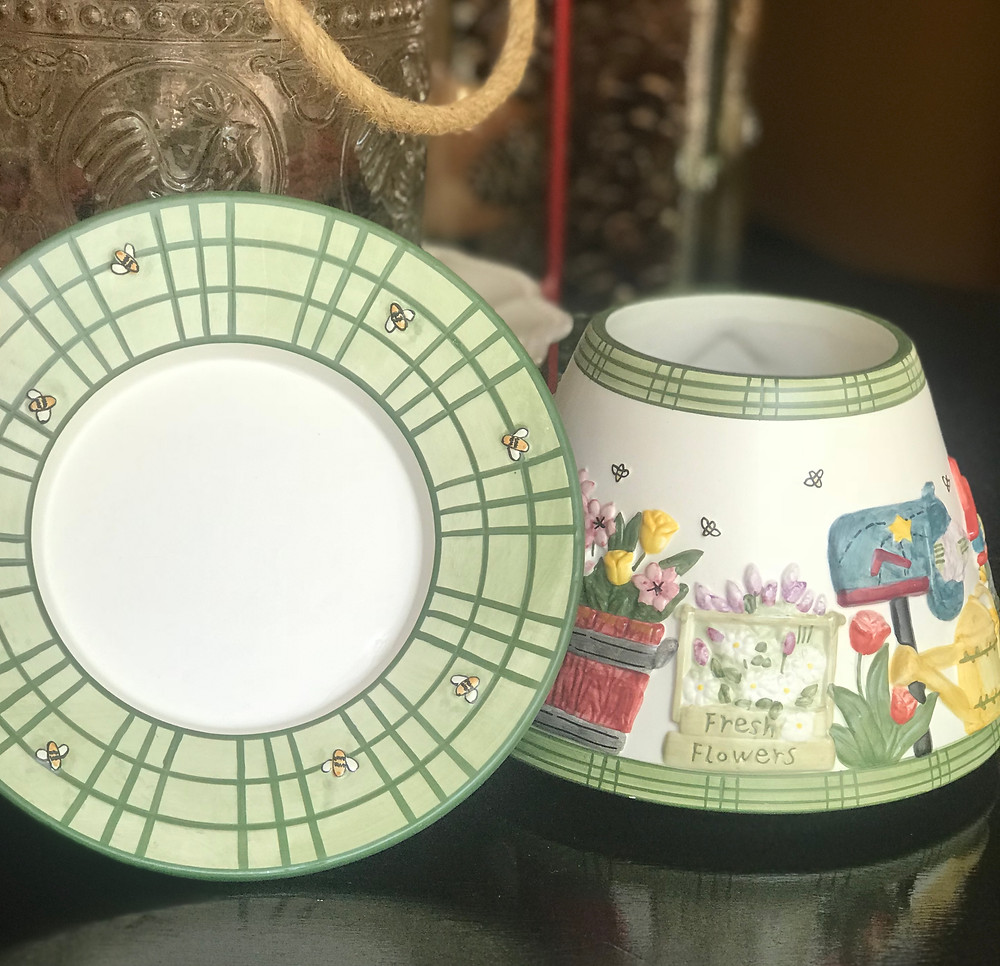 yankee candle topper and plate