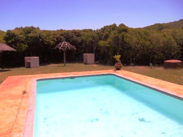 Communal Pool & Braai