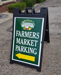 Farmers Market tent sign