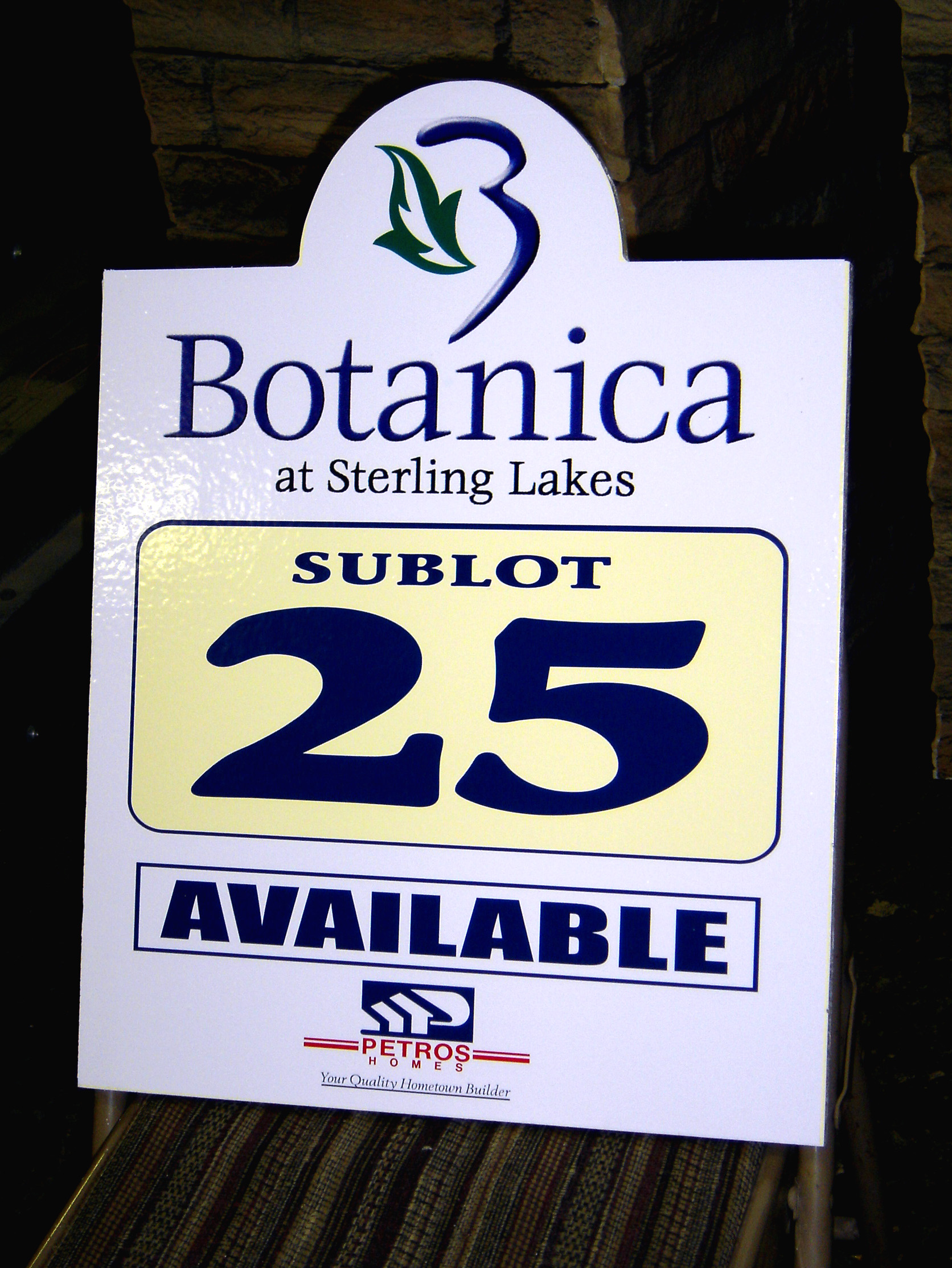 Botanica sublot sign
