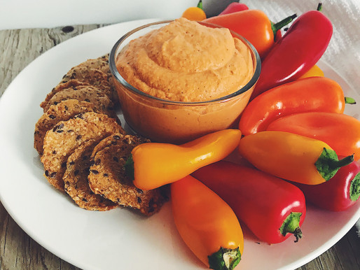 ROASTED RED BELL PEPPER & CARAMELIZED ONION HUMMUS