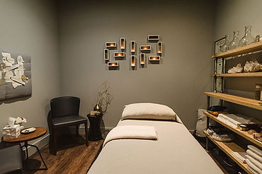 Shen-Treatment-Room1.jpg