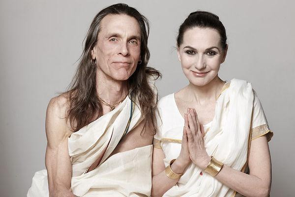 Jivamukti yoga i Hokksund hos Ren Yoga med yogainstruktør Mette Grøsland