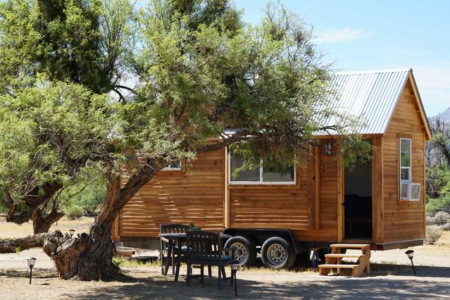 Les tiny houses parfaitement minimalistes luizzati for Micromaisons minimaliste