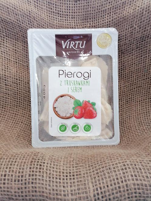 Pierogi mit Quark und Erdbeeren