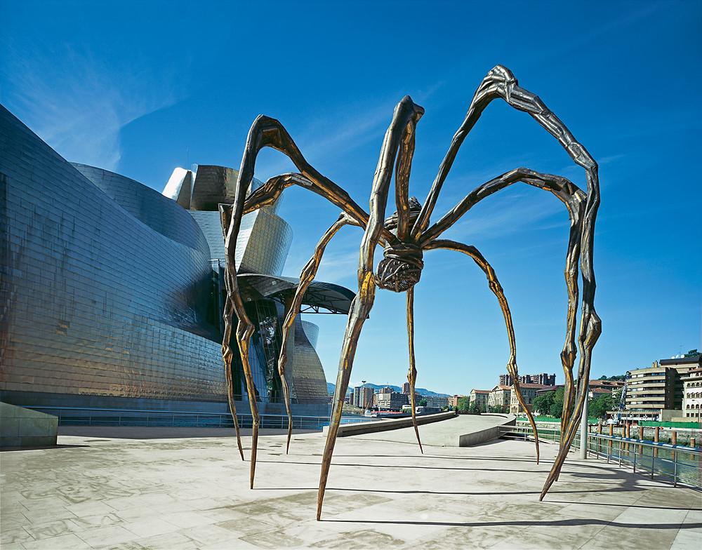 Louise Bourgeois, Maman, 1999, bronze, marbre et acier inoxydable, 927 x 891 x 1023 cm, Musée Guggenheim, Bilbao.