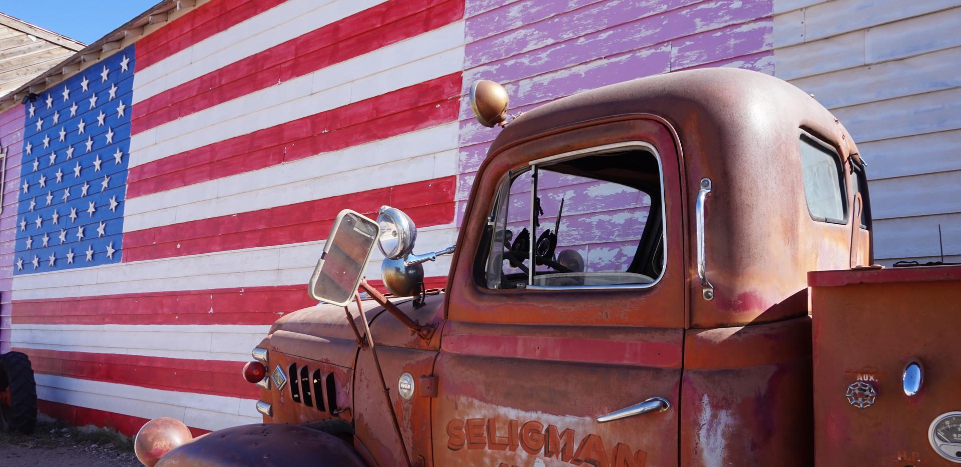 Old car (road 66).JPG