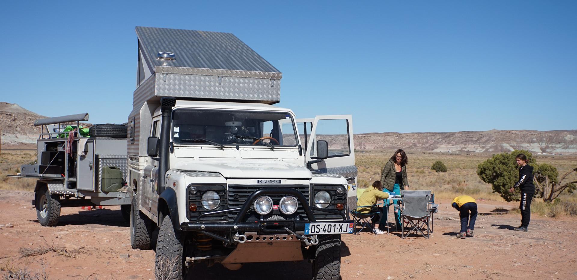 Camping_dans_le_désert.JPG