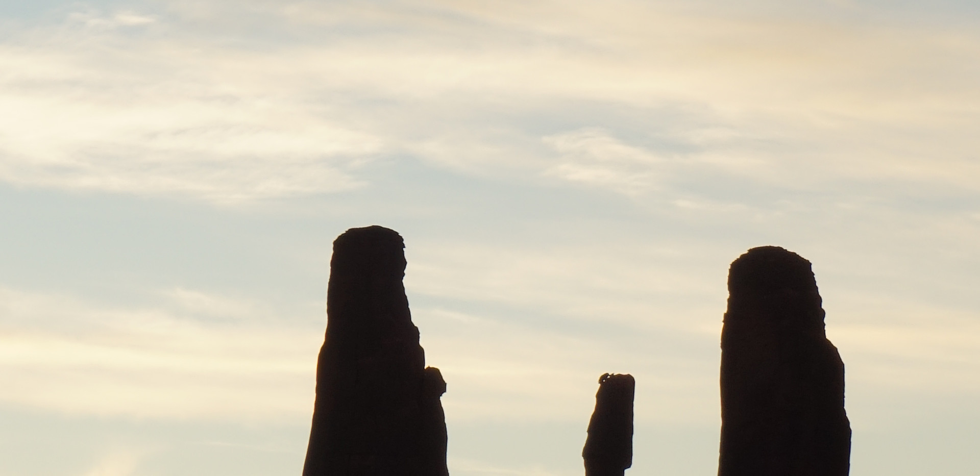 3 sisters (monument Valley).JPG
