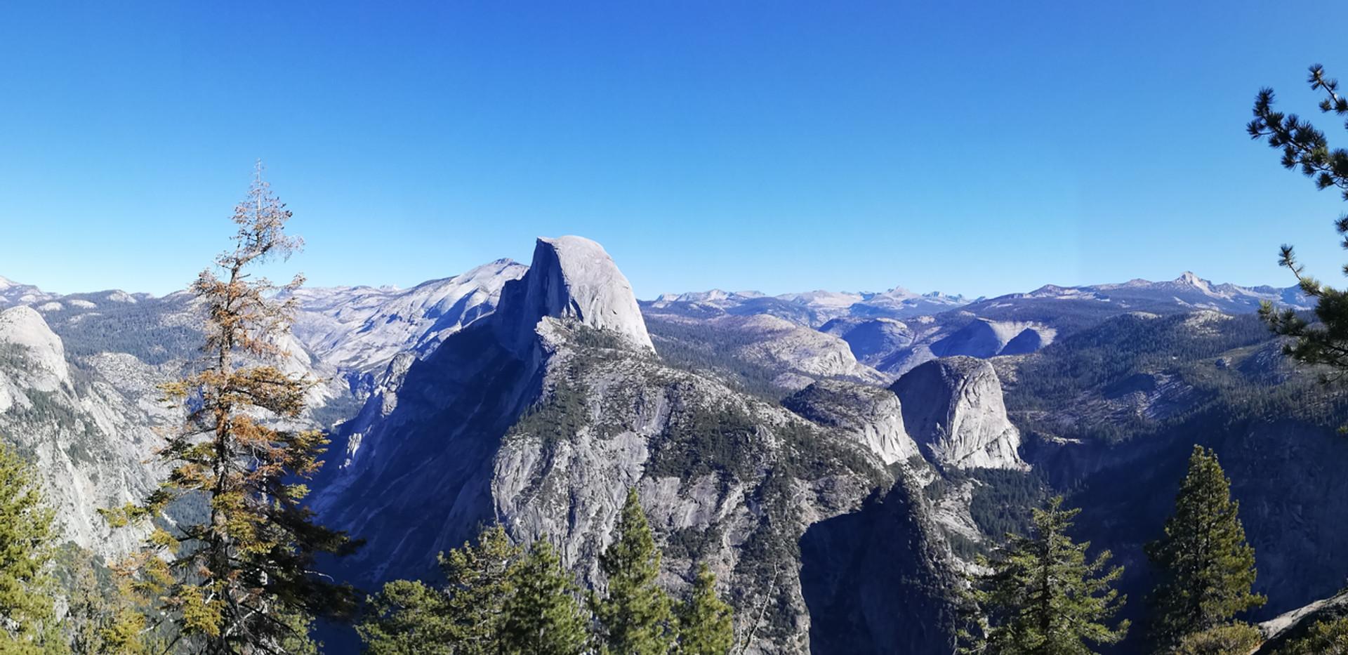 Half dome (Yosemite).jpg