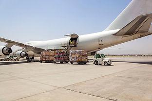 cargo-planes-unloading-e1502995165458.jp