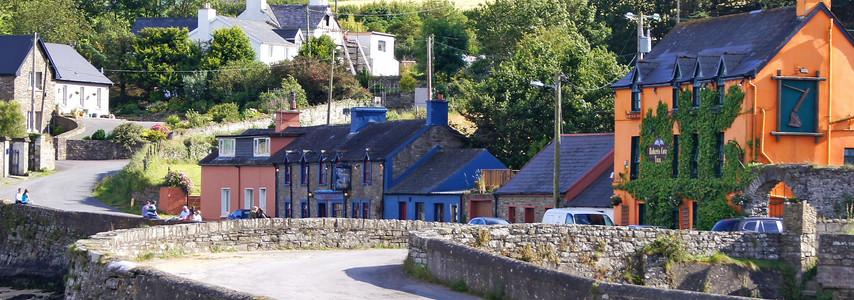Roberts Cove Inn: Britfieldstown, Minane Bridge, Co. Cork, Ireland