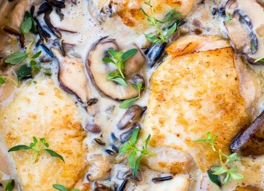 Creamy Chicken & Mushrooms, Wild Thyme Rice & Herb Butter Yeast Rolls