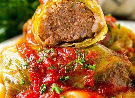 Stuffed Cabbage Rolls, Parmesan Broccoli, Garlic Texas Toast