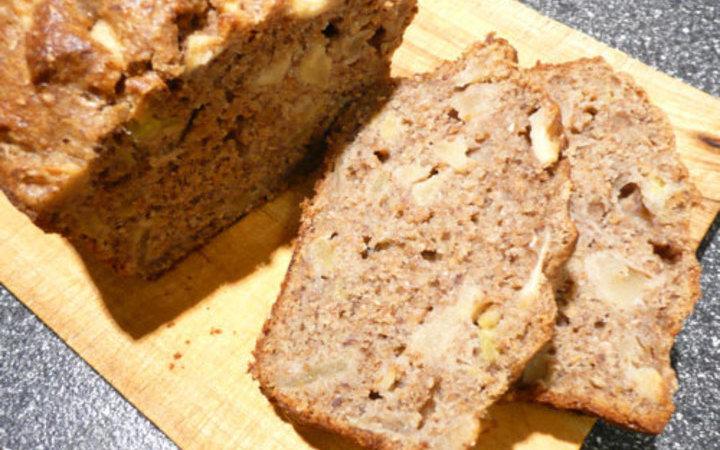 Apple Spice Banana Bread