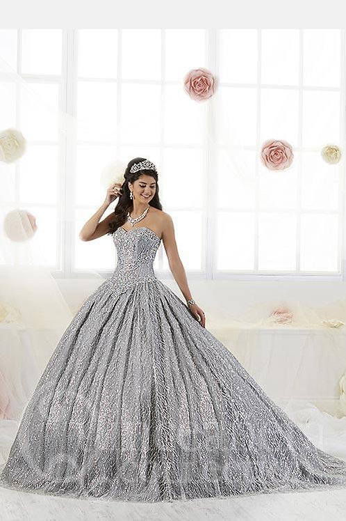 Quinceañera Collection 26896