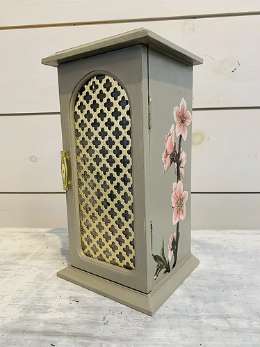 Floral Necklace Carousel Jewelry Box