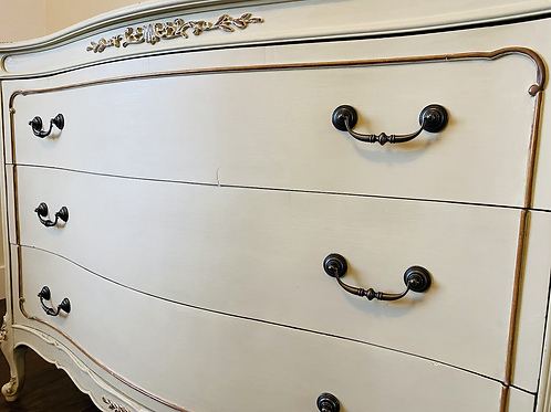 Beautiful Vintage Dresser