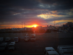 """20.06.09 """"儚さ""""- なぜ夕日の写真を撮りたくなるのか"""