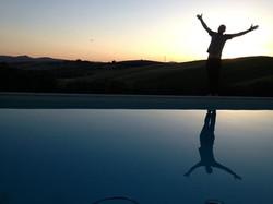 piscina tramonto.jpg
