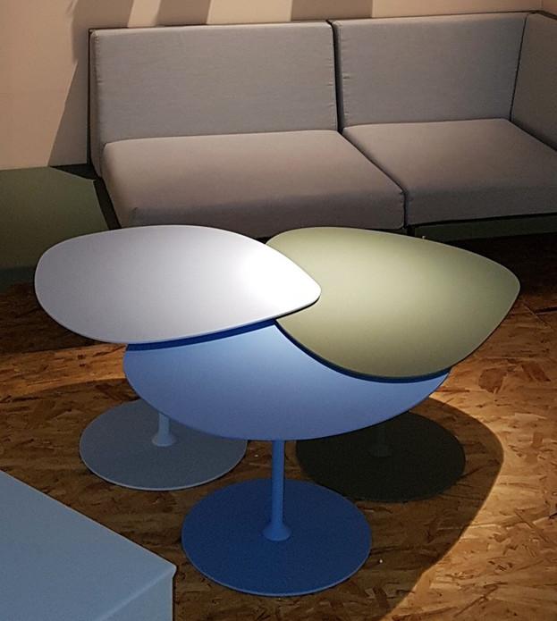 table couleurs basse en vente.jpg