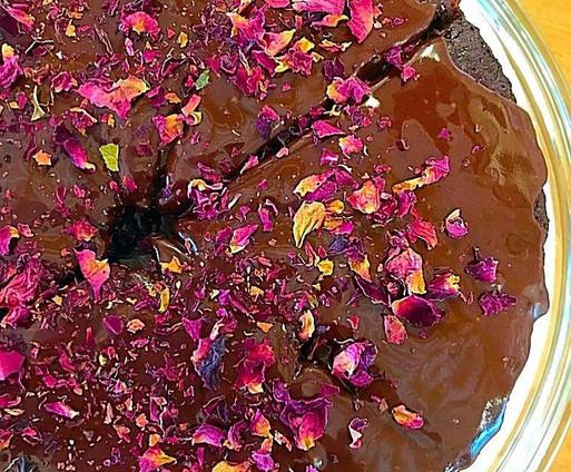 Vegan beetroot chocolate cake