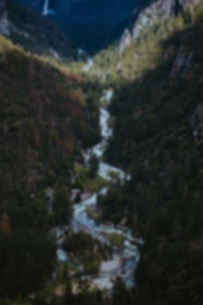 Luchtfoto van een Bergrivier