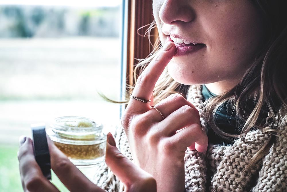#passionlavande  #lavande  #gommage  #exfoliant  #hydratant  #vegan  #naturel  #huiledetournesol  #huileessentiel