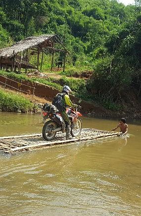 Tour moto, pistes du Triangle d'or - Off