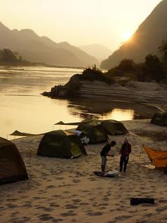 Camping sur une plage