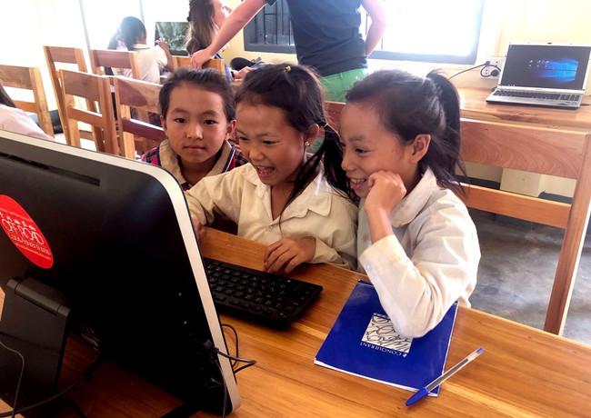Projet éducatif humanitaire - Enfants du