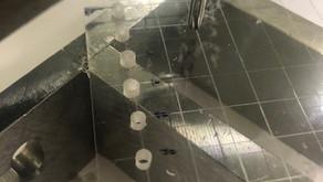 アクリル板にタップ 樹脂にタップ