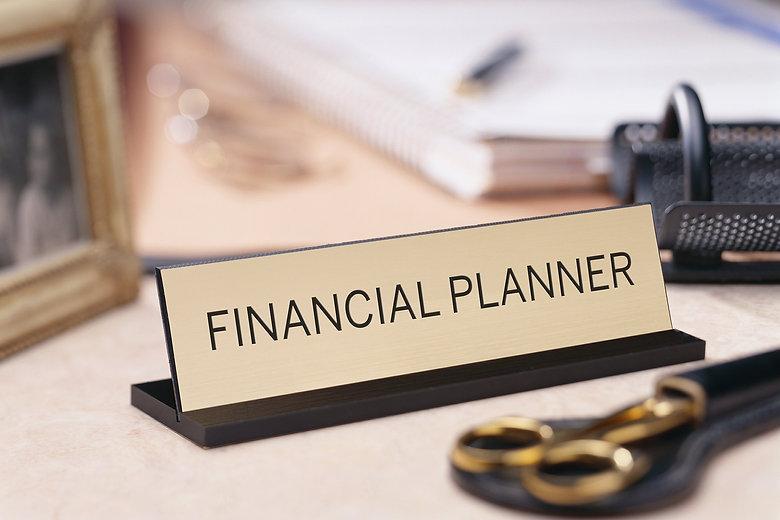 151028_adv_howfinancialplanner.jpg