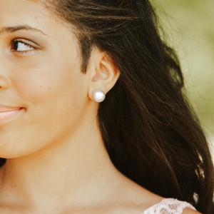 Bella earring.jpeg