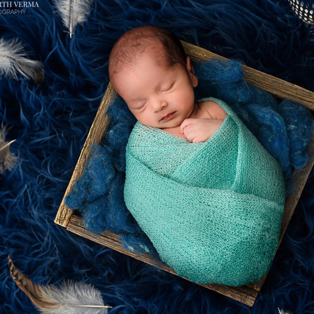 Home Shoot for Newborns in Delhi Gurgaon Noida.jpg