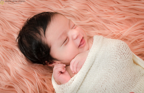 Newborn Photography in Delhi Noida Gurgaon.jpg