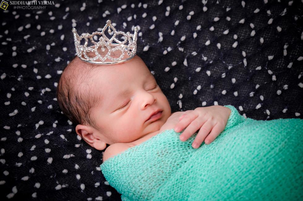 Newborn Photo shoot in Delhi Gurgaon Noida .jpg